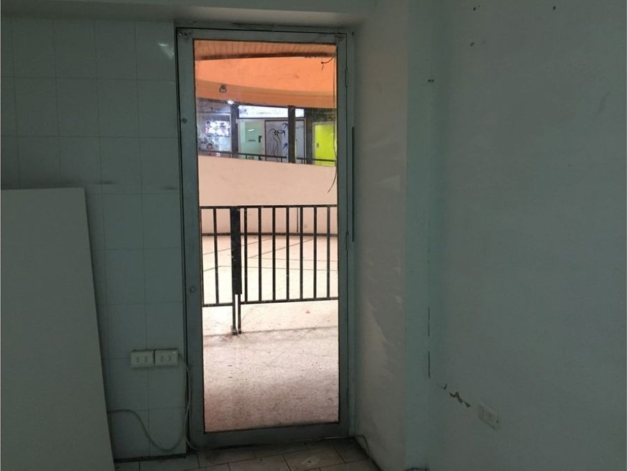 vende local comercial la cisterna jose m carrera