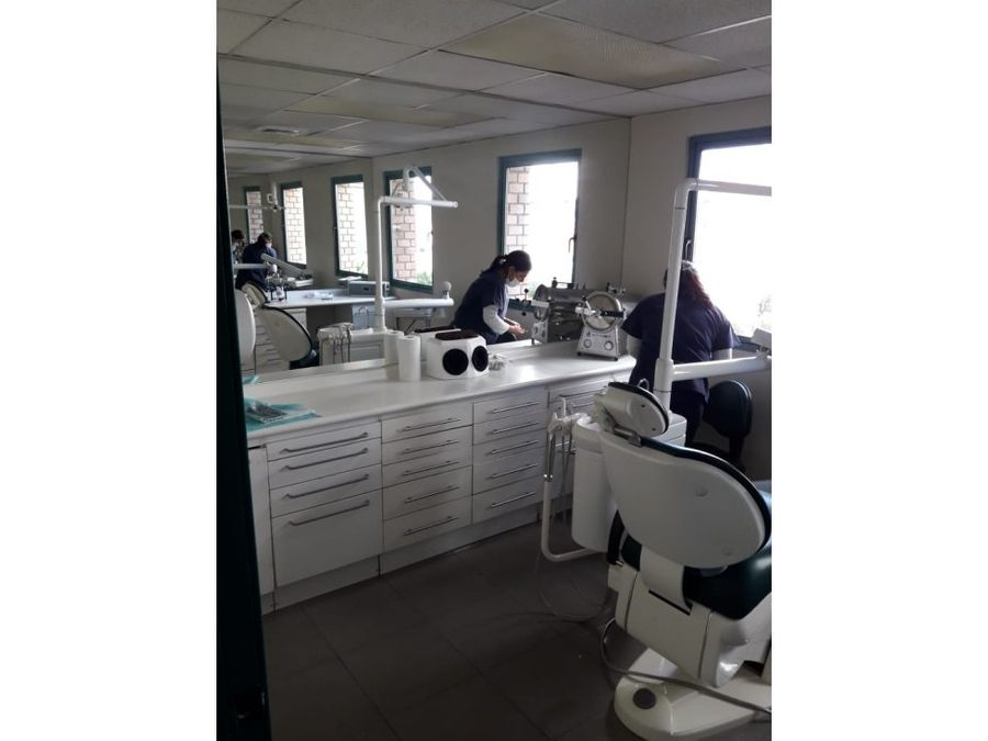 arriendo oficina dental equipada estoril