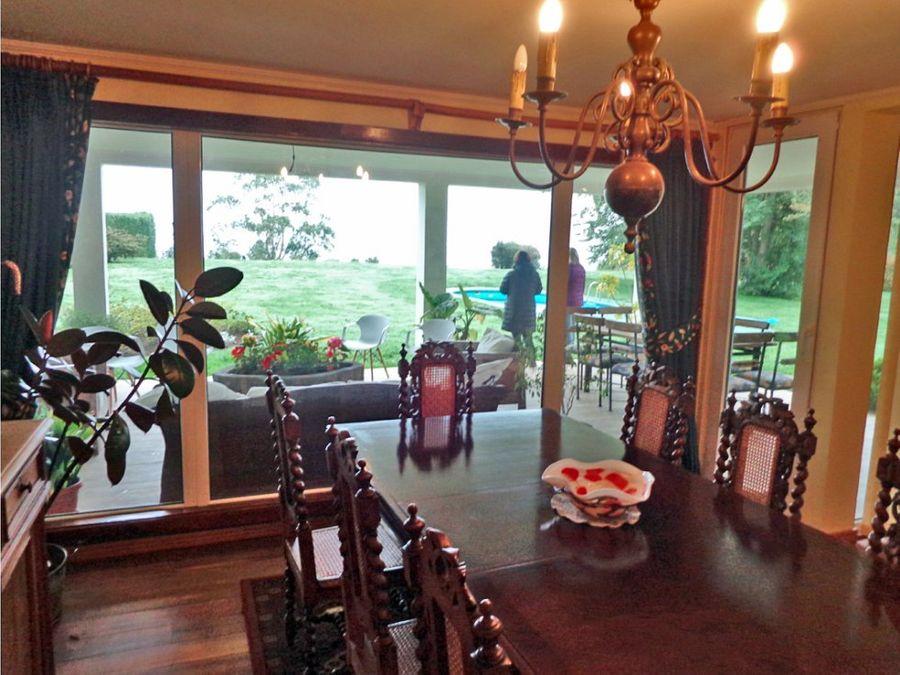 venta espectacular casa pto varas vista al lago