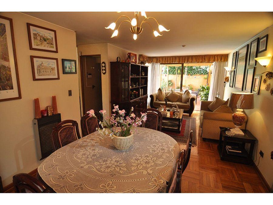 venta preciosa casa de 3 pisos en alejandro seranillaveriavitacura