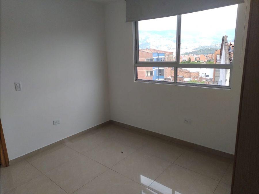 vendo apartamento en la castellana con parqueadero y util