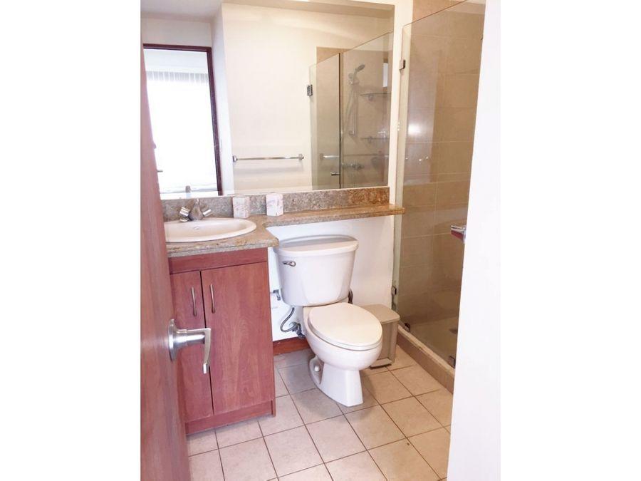 alquiler de apartamento escazucondominio condado de baviera