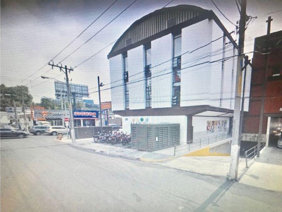local en centro comercial por boulevard zona 10