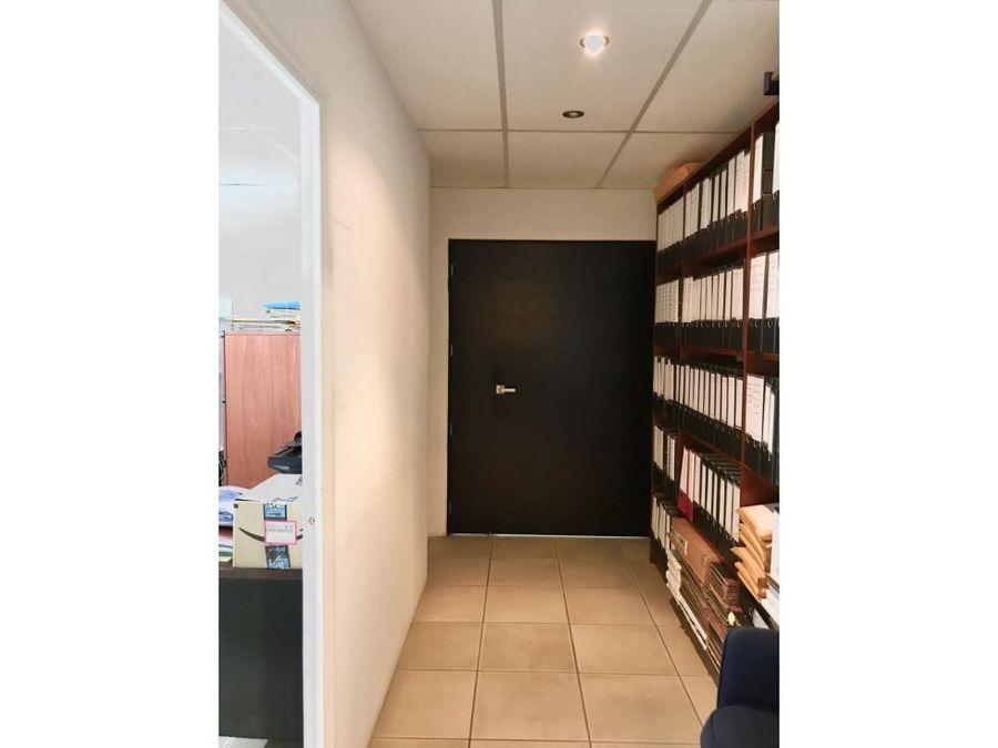 oficina zona 15 domanni