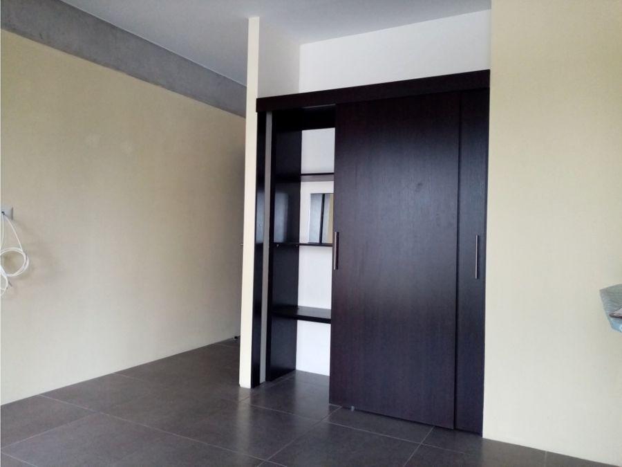 apartamento tipo loft zona 10 edificio fabra
