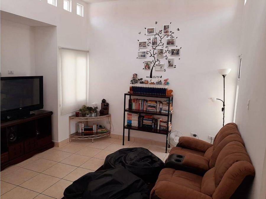 casa condominio condado san nicolas iii fase 2 zona 4 de mixco
