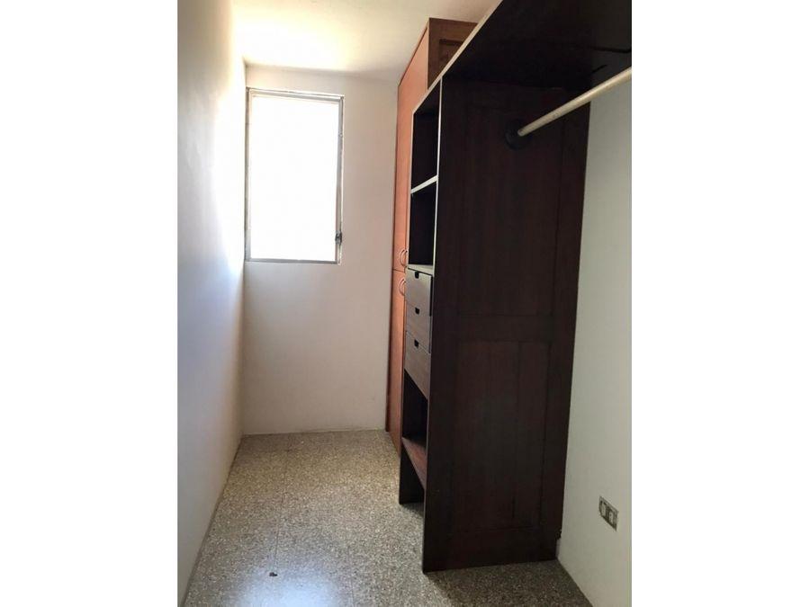 zona 15 th de una habitacion vh2