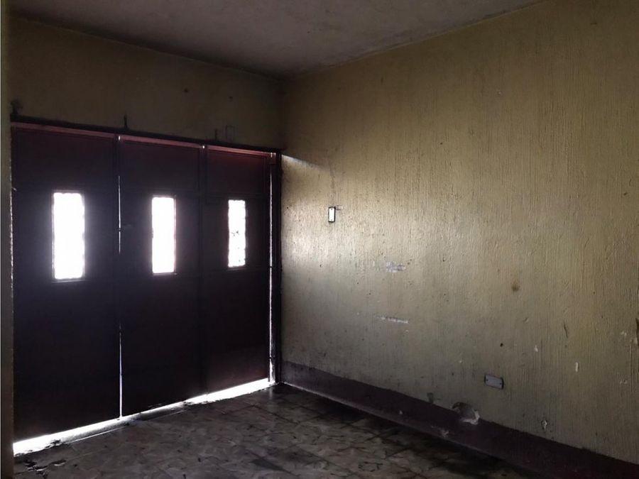 casa zona 1 de esquina sector matamoros