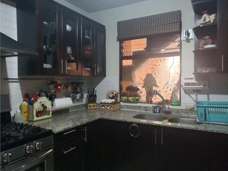 casa y 2 apartamentos condominio santa barbara san cristobal