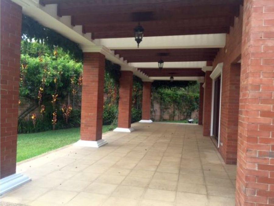 casa zona 10 condominio las delicias