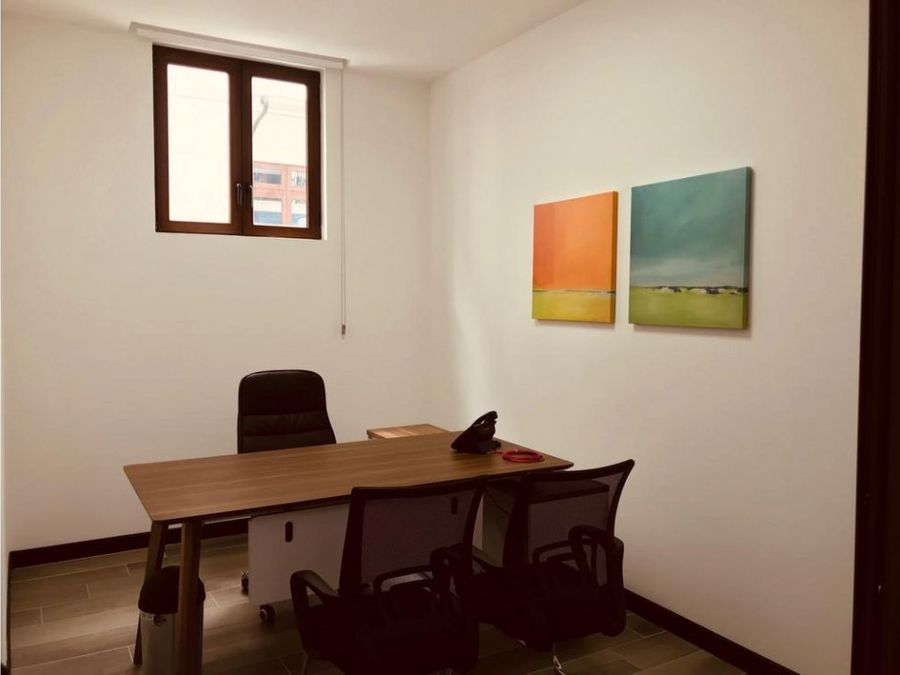 oficina zona 16 distrito de negocios cayala