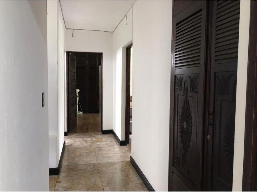 casa comercial zona 15 vh2