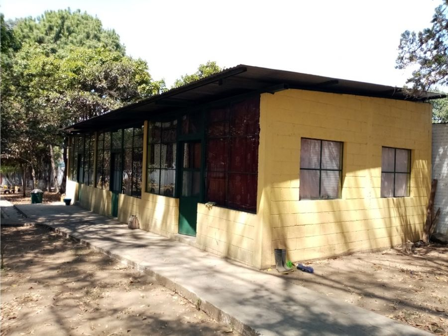 terreno con construccion chimaltenango