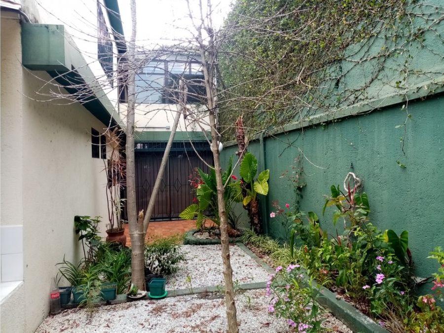 casa zona 15 colonia tecun uman
