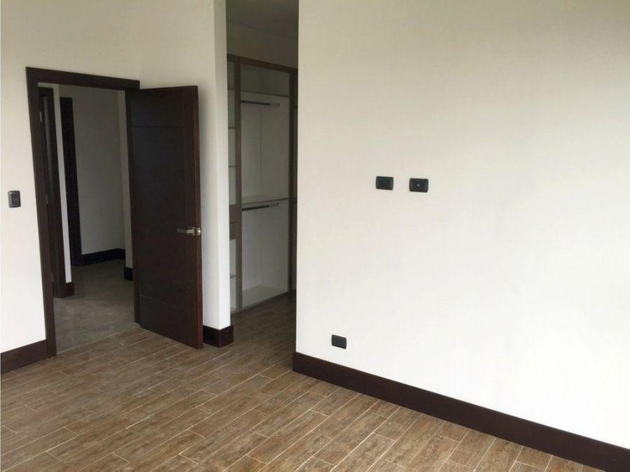 apartamento zona 16 viu cayala