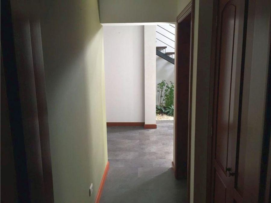 casa zona 16 condominio encinos de cayala