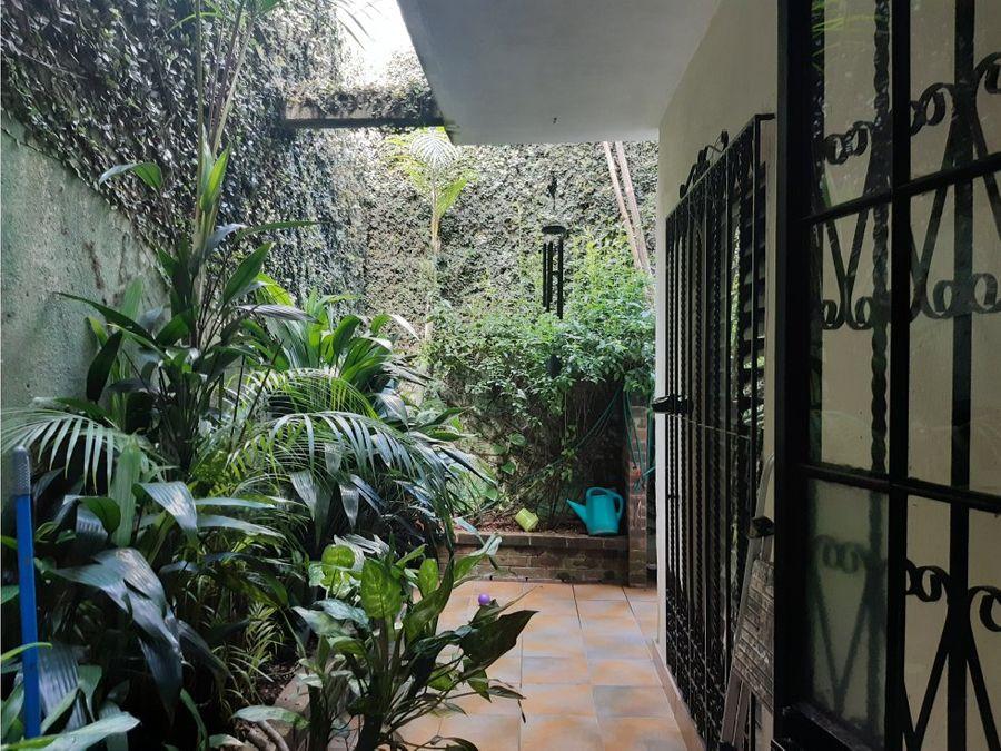 casa zona 4 de mixco bosques de san nicolas