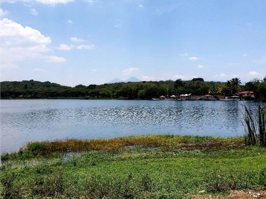 terreno laguna del pino santa rosa