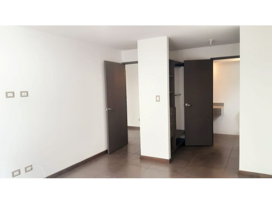 apartamento zona 16 solverde