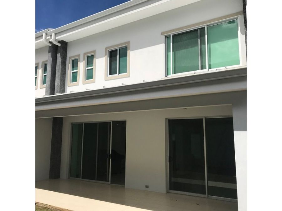 casa contemporanea venta o alquiler santa ana