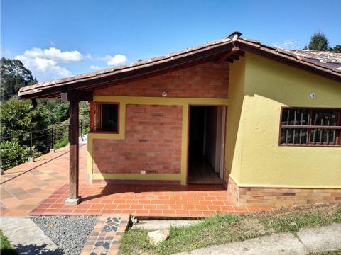 bonita y economica casa finca en rionegro