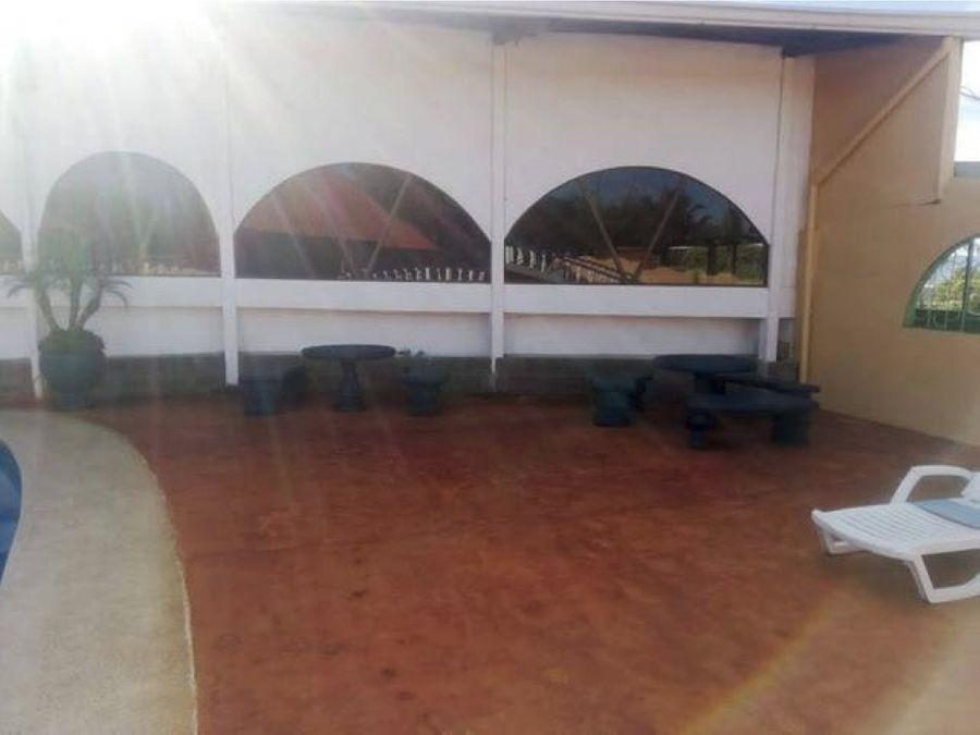 se vende centro social en carrillos de poas alajuela