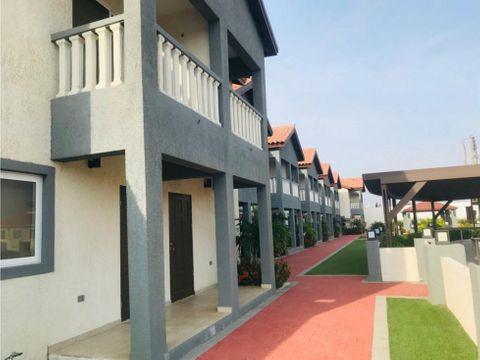 en venta y renta townhouse en villa paraiso noord aruba