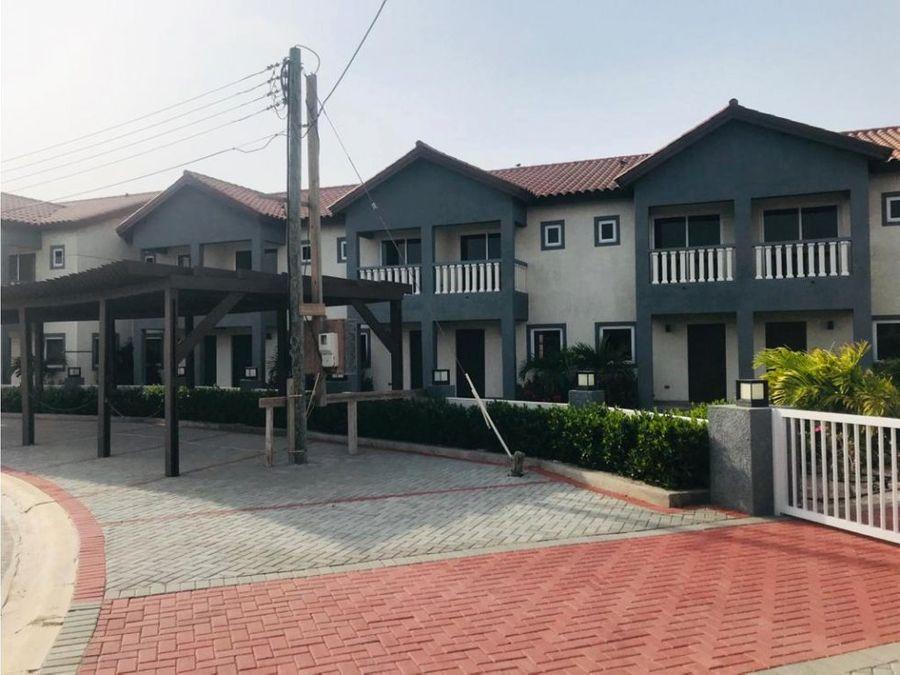 en venta townhouse en noord aruba