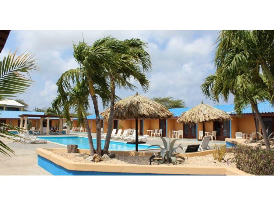 se alquila apartamento en aruba blue village