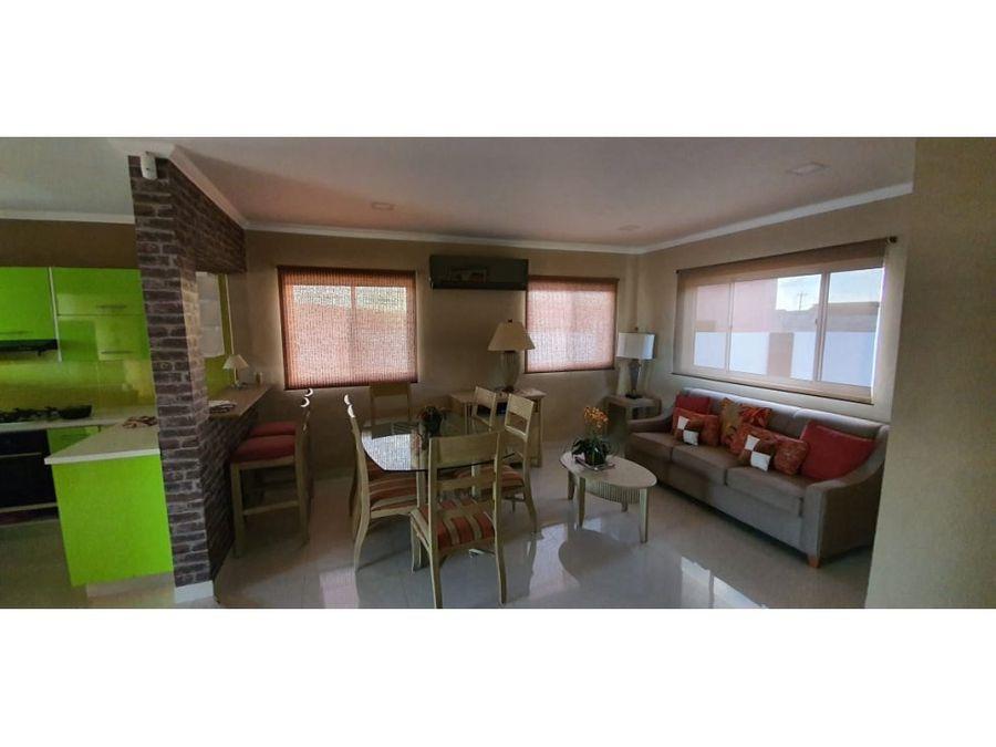 confortable y amplia casa en bushiri