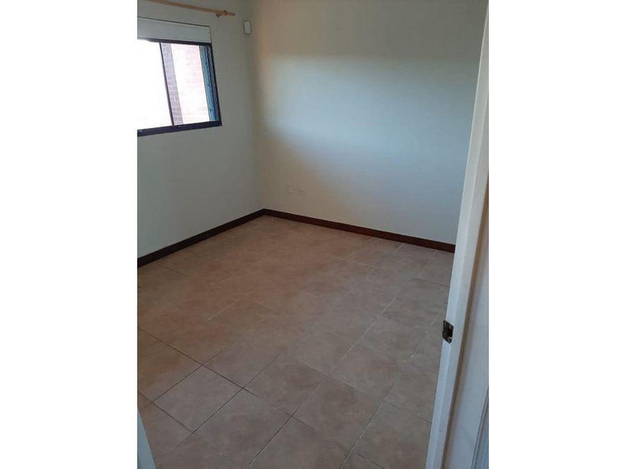 se vende apartamento en bello complejo altos de shaba