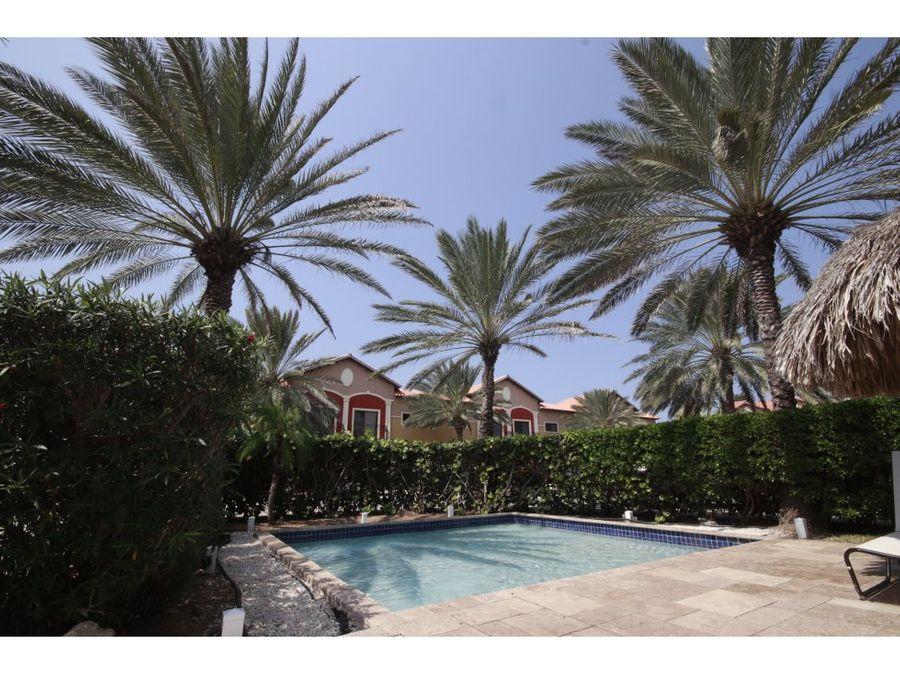 se alquila apartamento en complejo gold coast aruba
