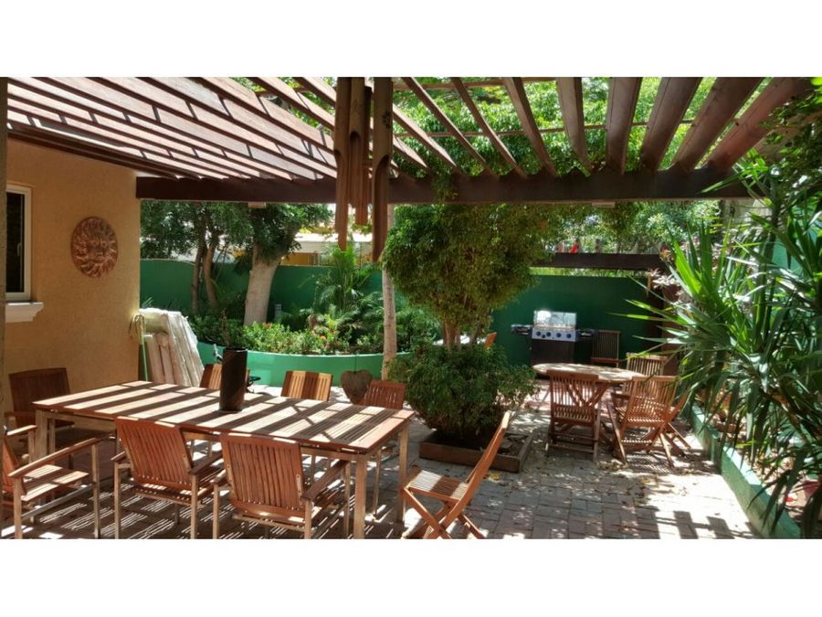 se vende hermosa y comoda casa en palm beach