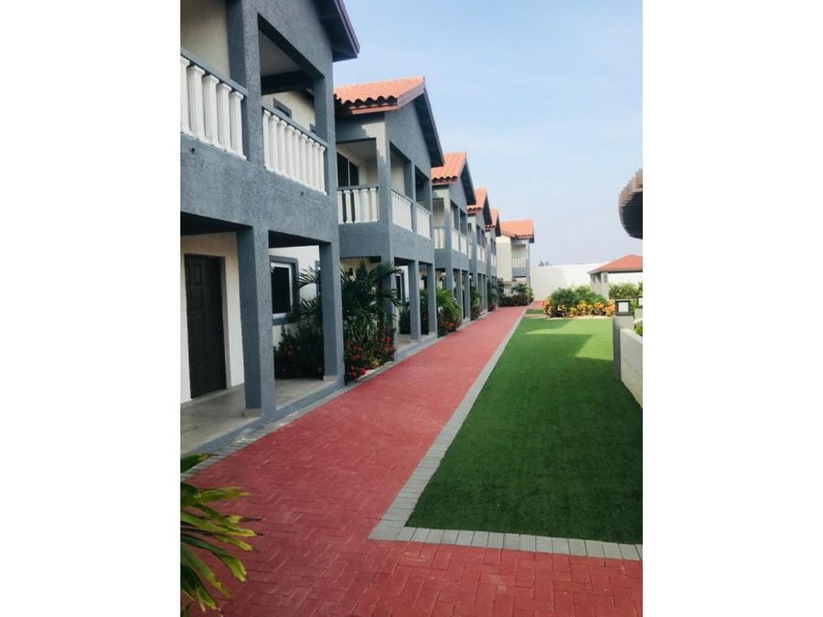 se vende hermoso apartamento tipo towmhouse en aruba