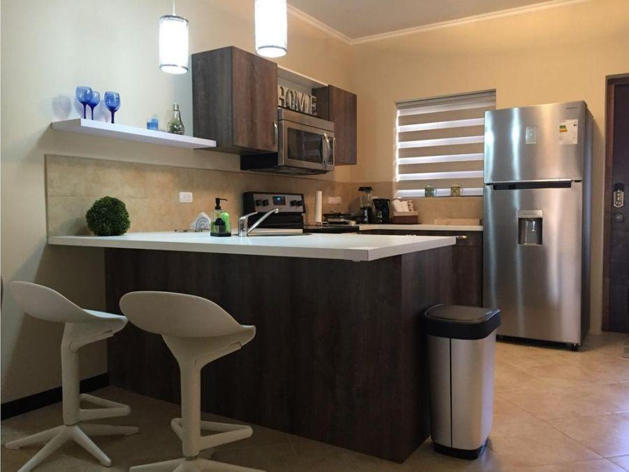 se vende apartamento complejo gold coast