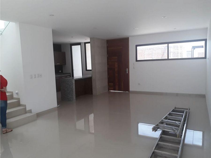 casa en venta al sur poniente en residencial alberia aguascalientes