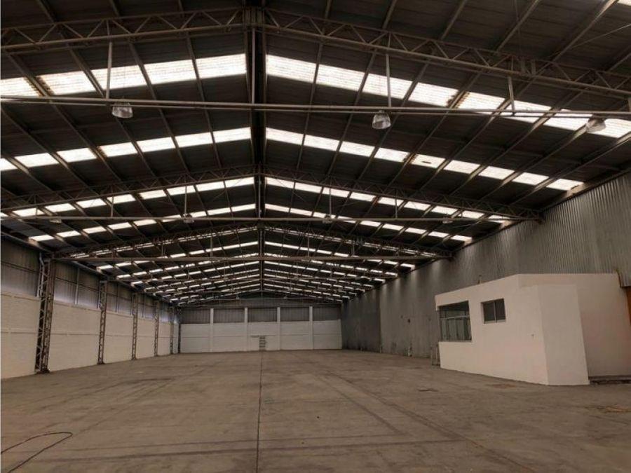 bodeganave industrial en renta al sur parque industrial