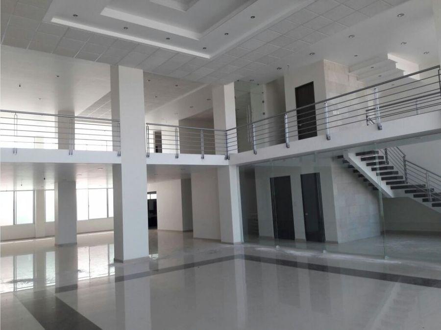 local para oficinas en edificio nuevo zona norte