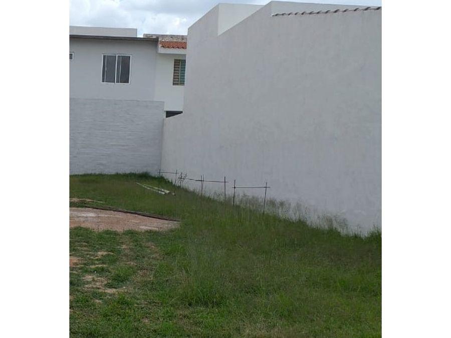 terreno en venta al norte en residencial las plazas