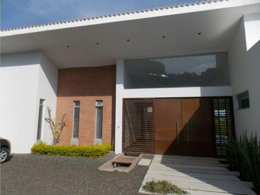 casa en venta san bernardo del viento manizales