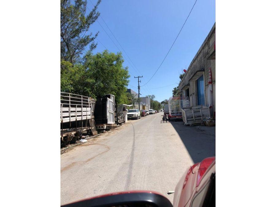 terreno comercial en cancun de 1600 m2
