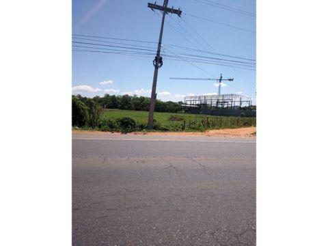 terreno sobre ruta acceso sur