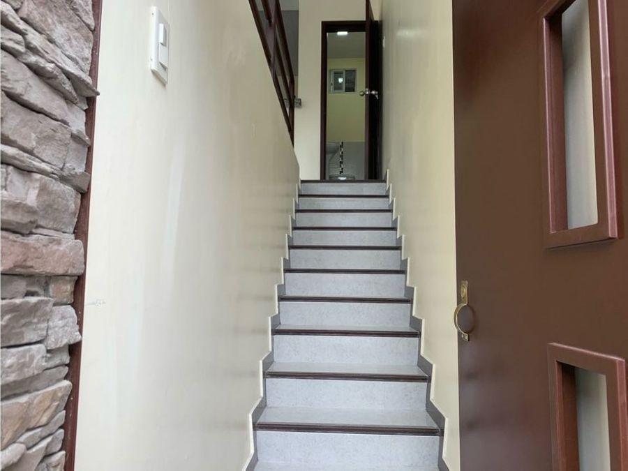 venta casa rentera urb colinas del maestro norte de guayaquil