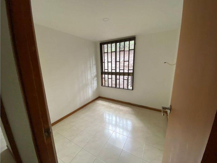 venta agradable y muy bien ubicado apartamento en conquistadores