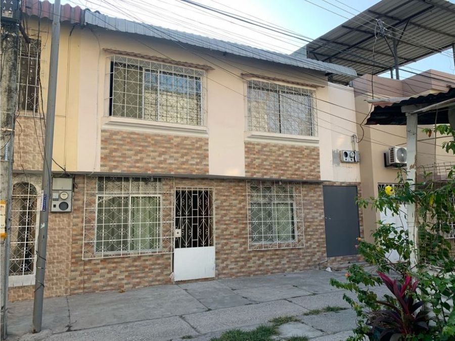 venta casa bifamiliar en floresta 2 sur de guayaquil