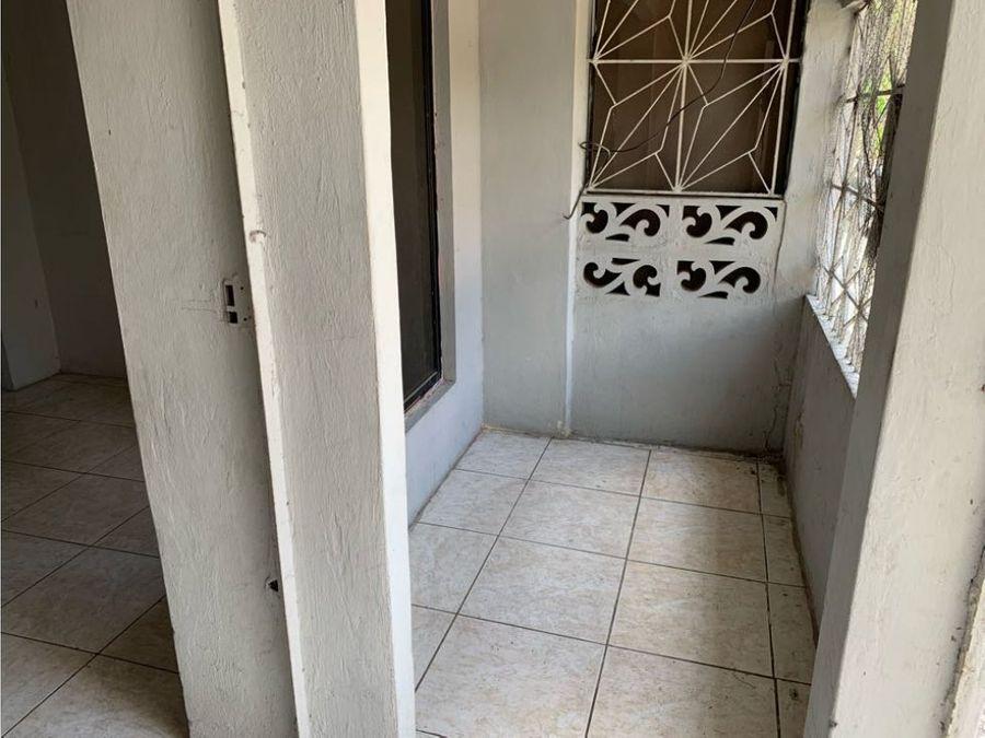 venta de casa martha de roldos cerca av juan tanca marengo