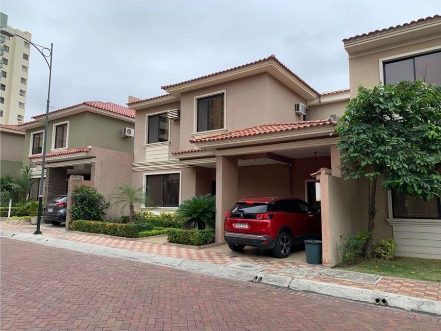 venta casa en urb ciudad colon norte de guayaquil