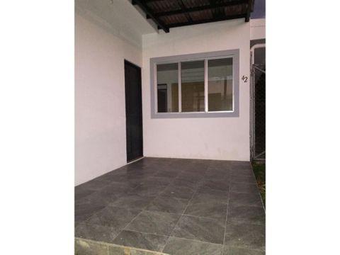 venta de casa alajuela ciruelas condominio malaga