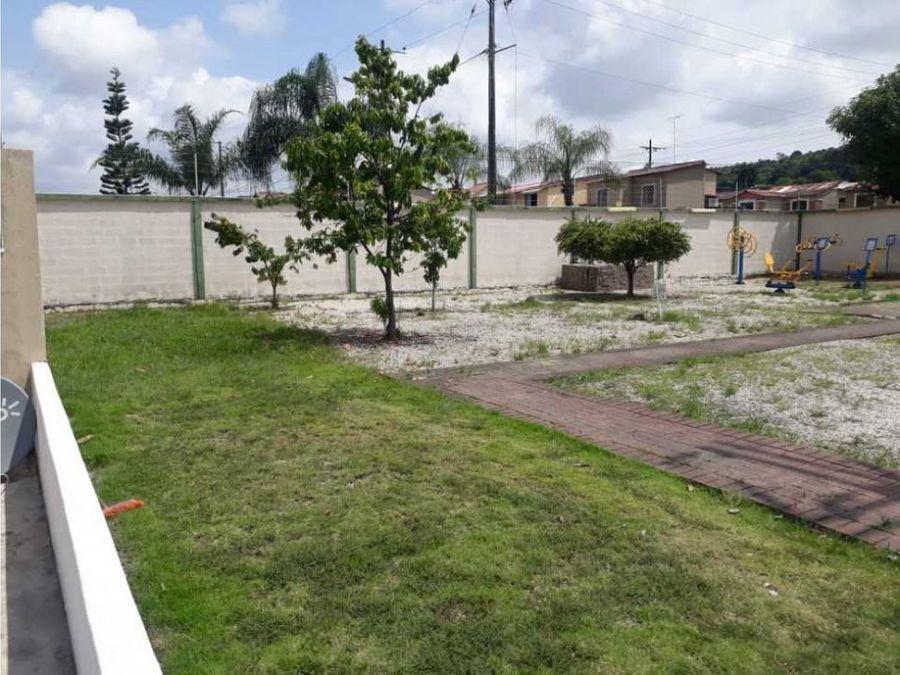 venta casa esquinera una planta urbanizacion la joya etapa brillante