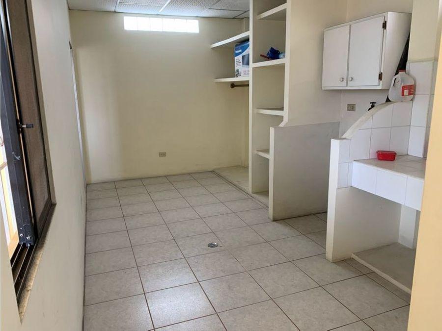 venta casa de 7 habitaciones en alborada xiii norte de guayaquil
